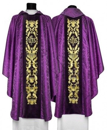 Gothic Chasuble 522-AC25